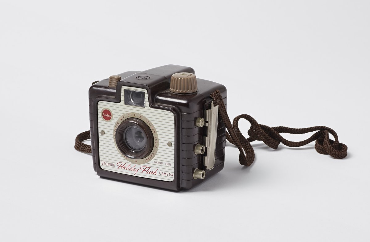 Kodak Brownie Holiday Flash Camera Science History Institute Digital Collections