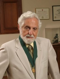 Photograph of Carl Djerassi