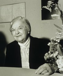 Photograph of Stephanie Kwolek